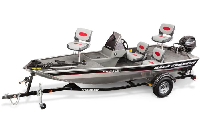 2015 TRACKER Pro 160 boat, motor and trailer