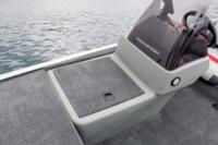 Starboard bow front console livewell