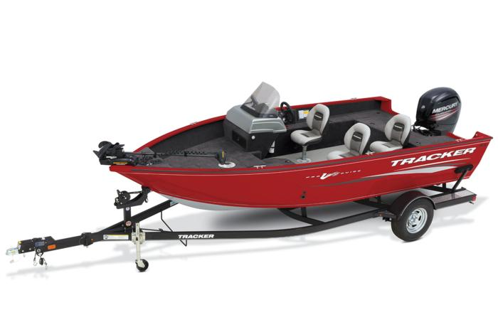 TRACKER Boats at Bass Pro and Cabela's Boating Centers
