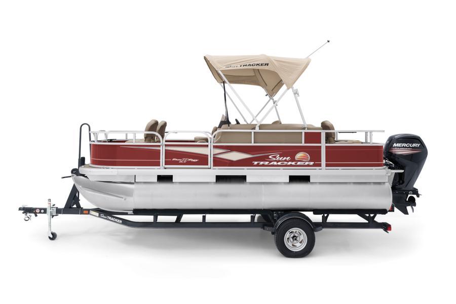 SUN TRACKER Boats : Fishing Pontoons : 2019 BASS BUGGY 18 DLX Photo
