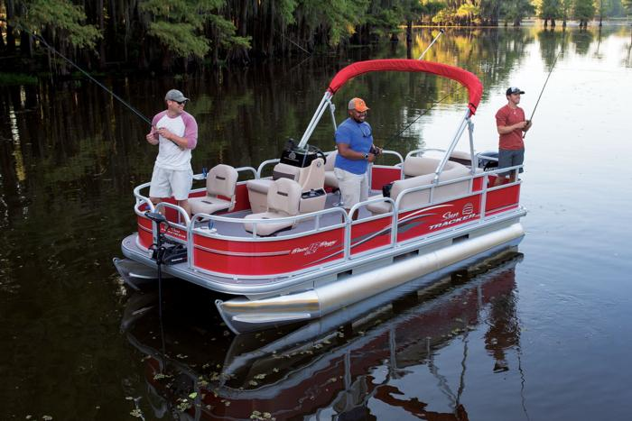 SUN TRACKER Boats : Fishing Pontoons : 2017 BASS BUGGY 18 DLX ...