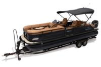 2019 REGENCY 250 LE3 Sport w/standard Mercury® 250 L Verado® motor, shown on optional trailer <br>Powered 10' (3.05 m) color-keyed Bimini top w/Diamond Coat™, aft-facing camera, LED courtesy lights & protective boot (shown deployed)