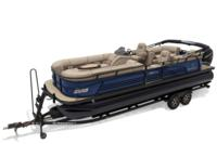 2019 REGENCY 250 LE3 w/standard Mercury® 250 L Verado® motor, shown on optional trailer <br>Powered 10' (3.05 m) color-keyed Bimini top w/Diamond Coat™, aft-facing camera, LED courtesy lights & protective boot (in trailer position)